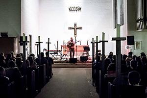 Kirchenkonzert mit Adna, Der Herr Polaris & tba