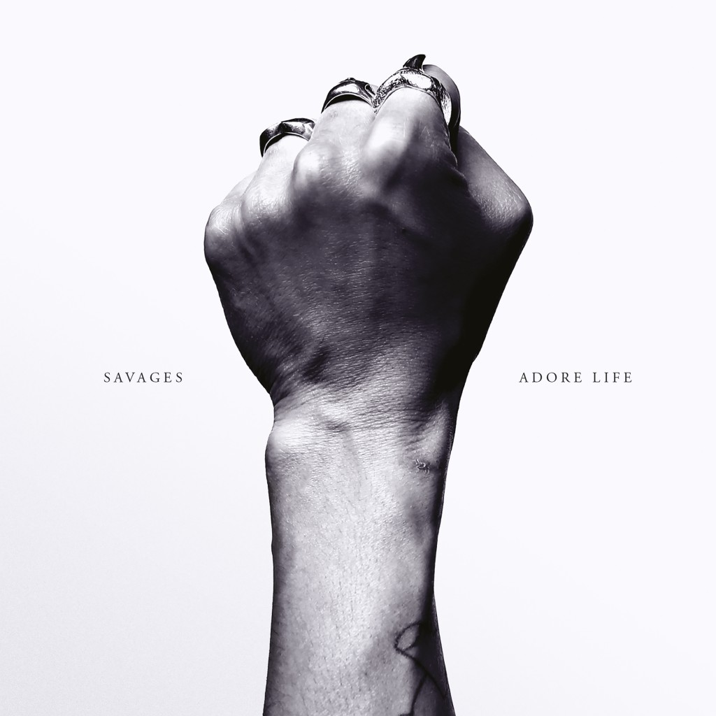 SAVAGES - ADORE LIFE CD-Kritik